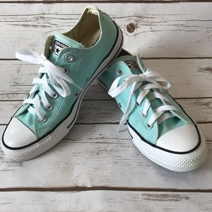 Converse Chuck Taylor All Star Poolside Ox Sneaker